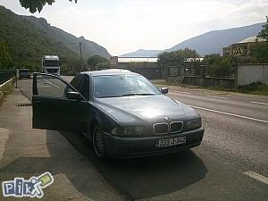 BMW 5 525D e39 MOZE ZAMJENA PASSAT 5+