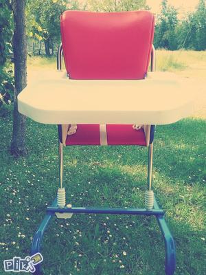 prodajem stolicu za bebe 065/686-432