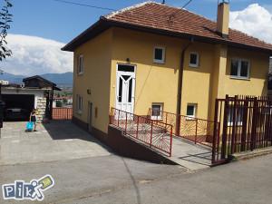 Kuća u Sarajevu sa pomocnim objektom