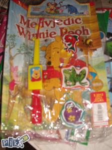 Medvjedić Winnie Pooh / časopis za djecu sa igračkom