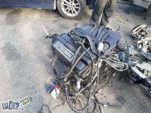 BMW E90 E 90 2.0i motor plin | BMW Dijelovi