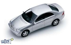Model Mercedes C klasa Avantgarde 1:87 srebrna