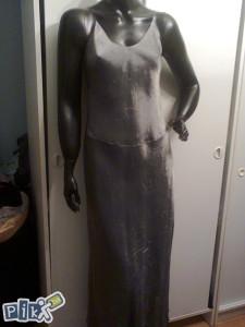 Prodajem haljinu.