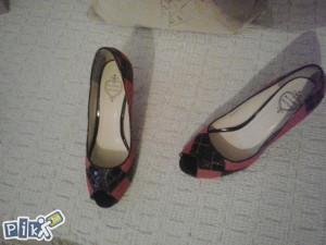 cipele crno-roze