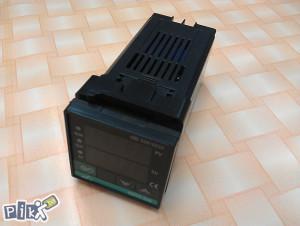 TERMOREGULATOR - DIGITALNI  TERMOSTAT XMTG 618 230V AC