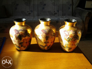 Vaze zlatne